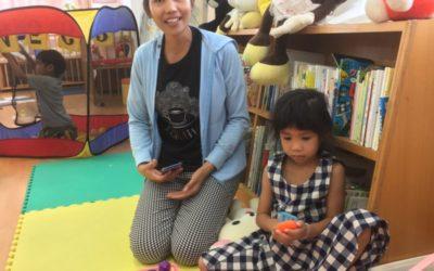 ラオス人親子が長崎の子育て支援センターに参加しました。